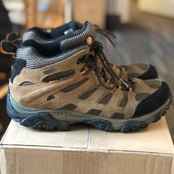 735cb41d4da Size 10.5 Merrell Moab Mid Waterproof Hiking Boots
